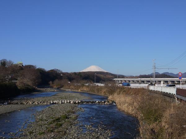 0822_金目川から富士.JPG
