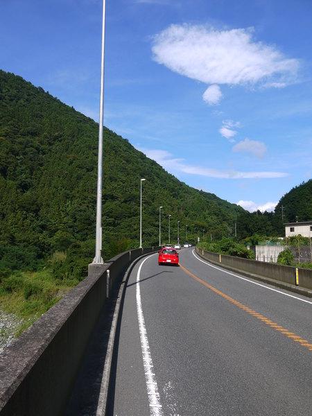 0829_自転車通行が許される246号.JPG