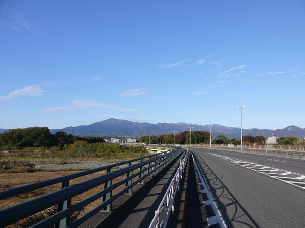 0830_厚木より丹沢山系.JPG
