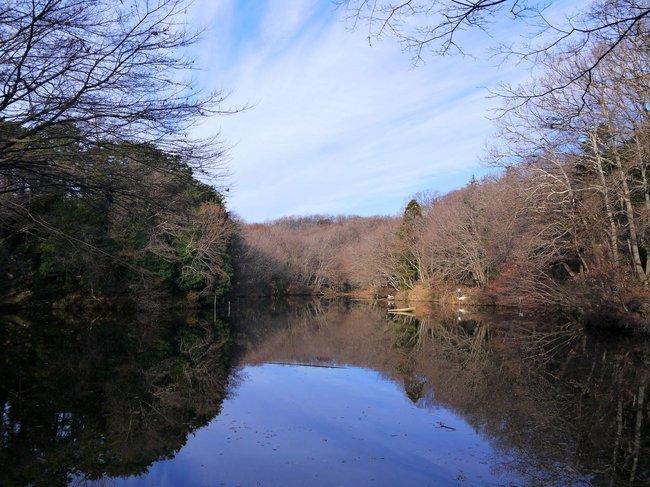 0836_静かな震生湖.JPG