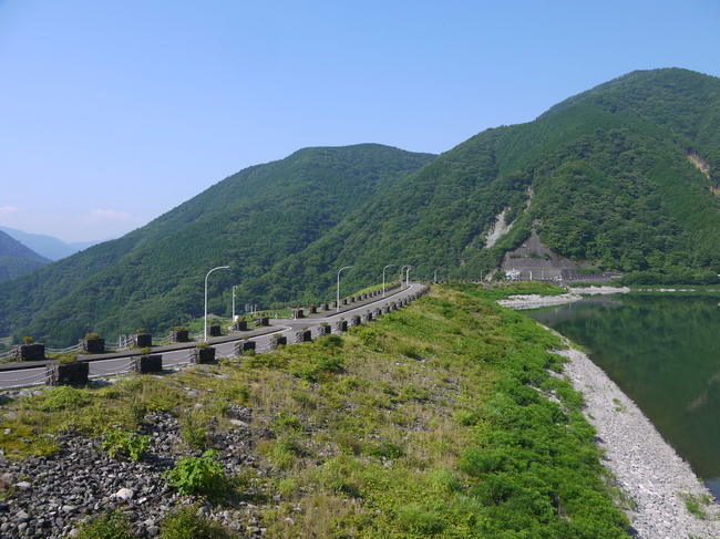 0840_静かな丹沢湖.JPG