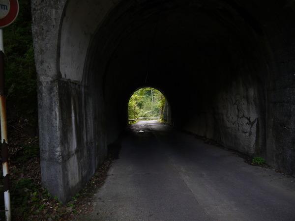 0846_前回休んだトンネル.JPG