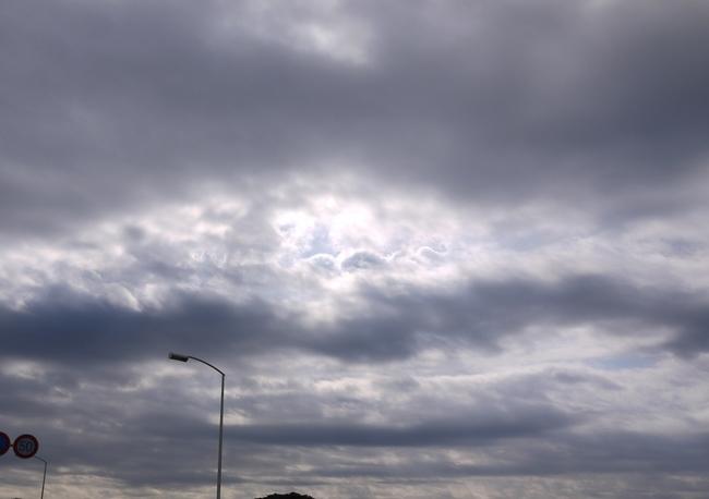 0852_江の島の空.JPG