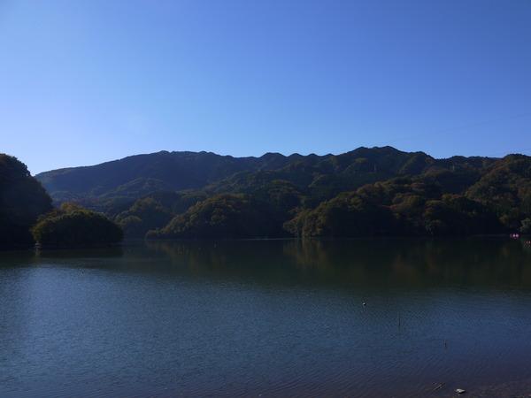 0914_紅葉の相模湖.JPG