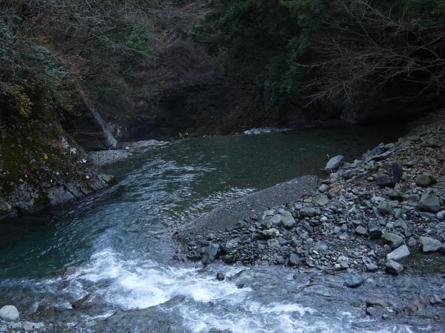 0928_熊倉川透明度.JPG