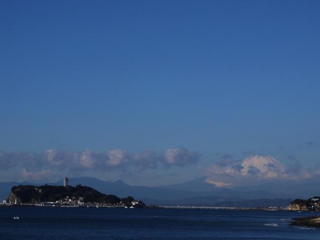 0936_江ノ島と富士山.JPG