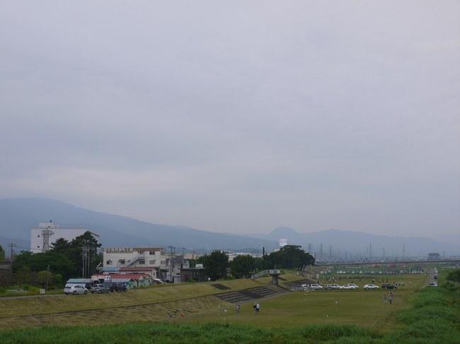 0944_酒匂川から矢倉岳.JPG