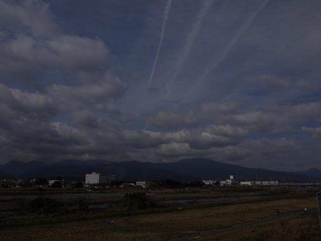 0959_酒匂川から矢倉岳.JPG