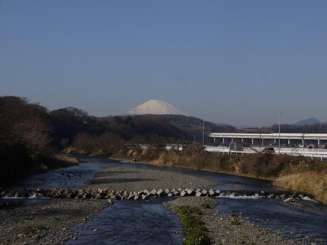 1000_金目川と富士.JPG