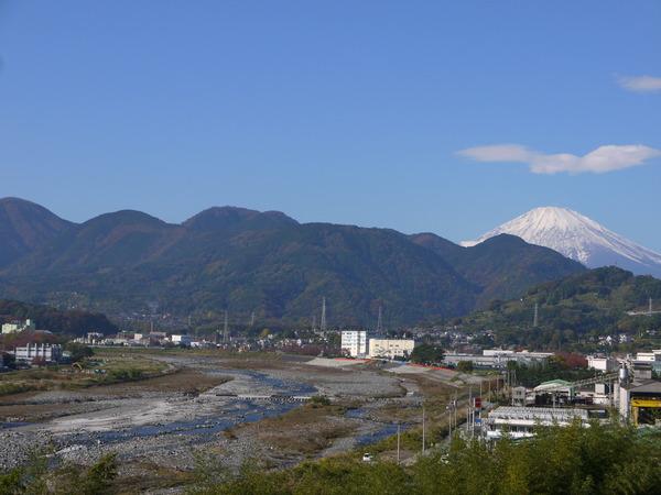 1005_山北より富士山.JPG