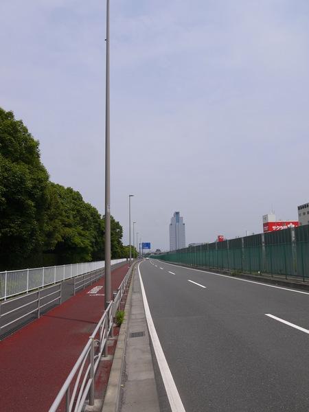 1042_さあ産業道路.JPG