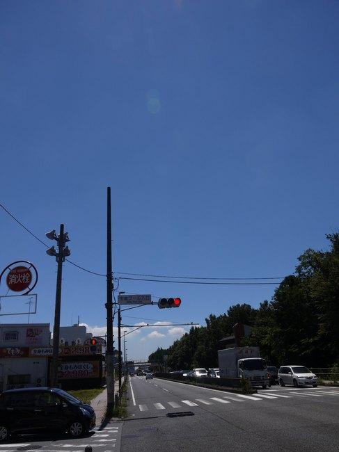 1045_国道16号。暑くなってきました。.JPG