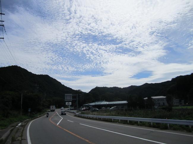 1251_野辺山への直登開始。かなりヘロヘロ.JPG