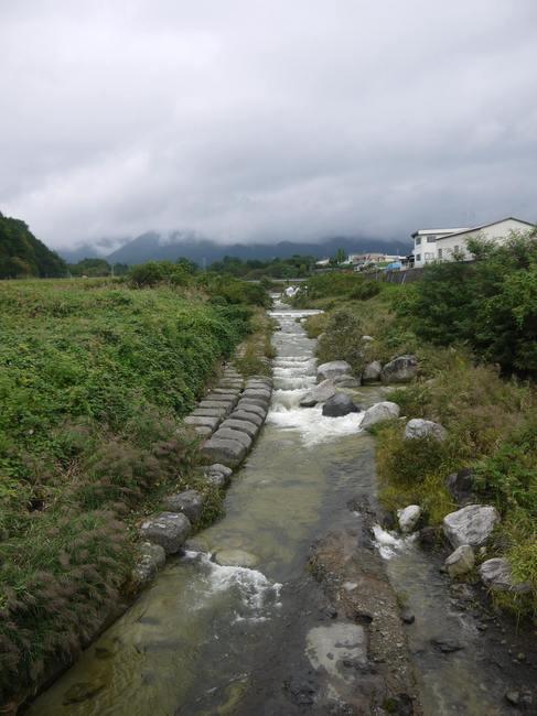 1312_白秋の奇麗な川.JPG