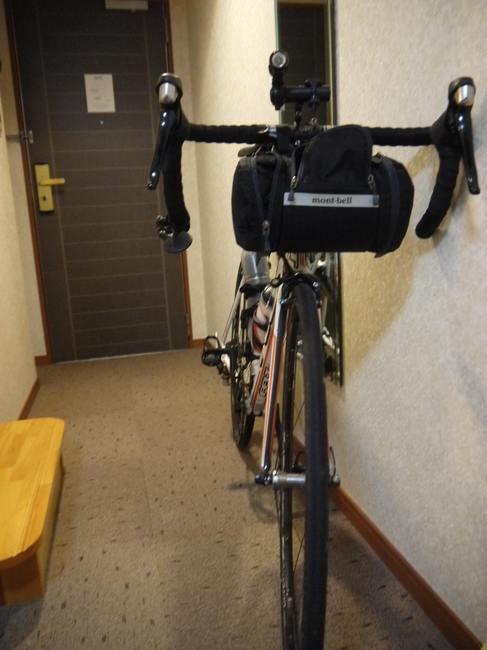 1538_ご厚意で自転車持ち込み可.JPG
