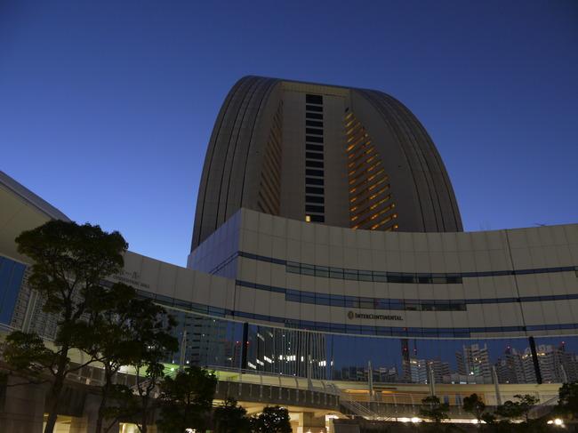 20150110_0622_薄明のインターコンチホテル.JPG