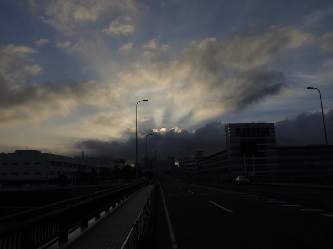 20150628_0520鶴見にて.JPG