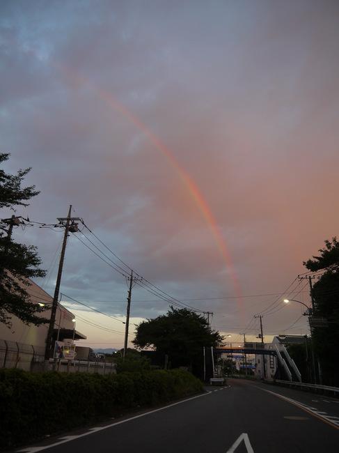 20150719_0450_保土ヶ谷バイパス虹.JPG