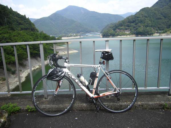 丹沢湖F85.JPG