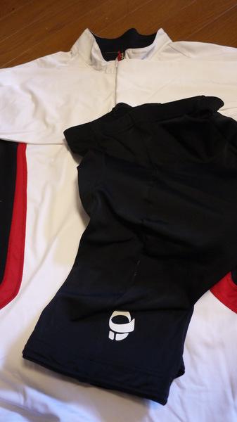 服装.JPG
