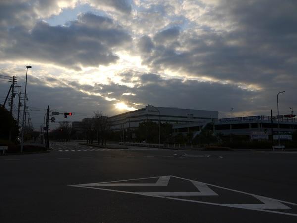朝の金沢八景.JPG