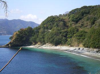 綺麗な海です。ビーチの名もついていました。.JPG