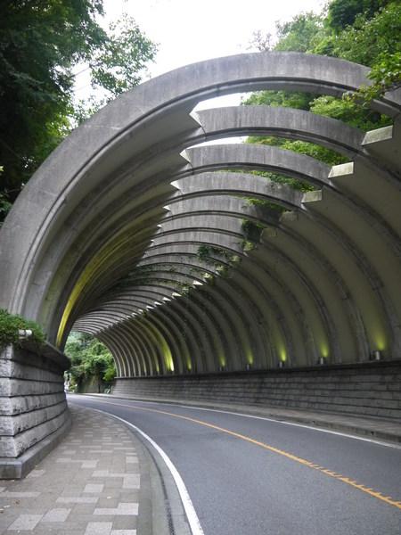 鎌倉落石用トンネル.JPG