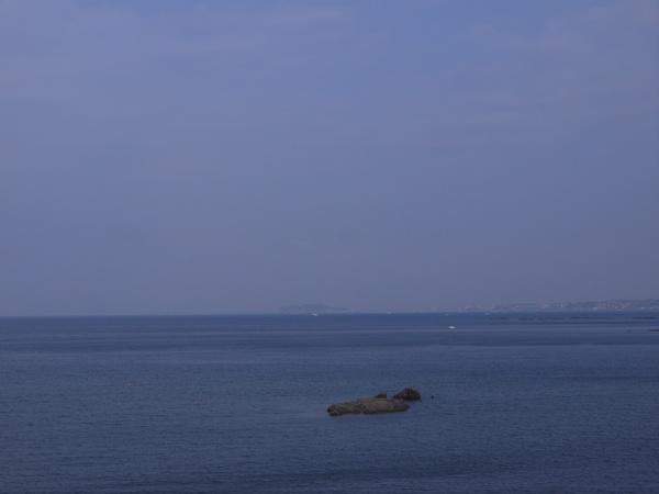 長者ヶ崎と江ノ島.JPG