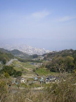 鳥越峠からの下り_別府市内.JPG