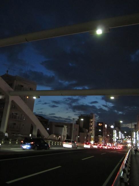 0007_横浜駅夕焼け.JPG